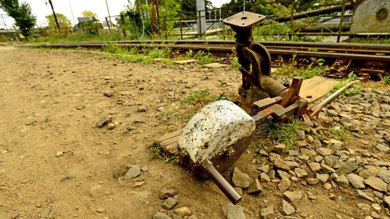 Schalter einer alten geschlossenen Eisenbahn stockfoto