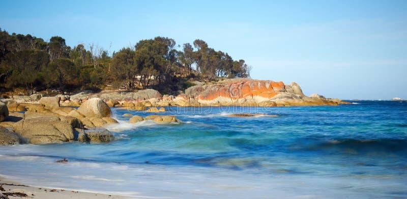 Schaluppe-Bucht - Bucht von Feuern Tasmanien lizenzfreie stockbilder