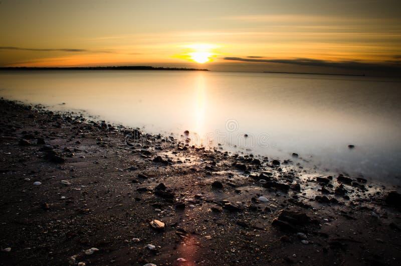 Scharfer Sonnenaufgang lizenzfreies stockfoto