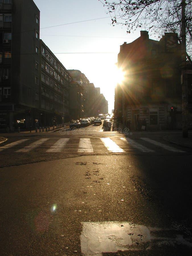 Schatten auf der Straße von Dort-yol stockfotografie
