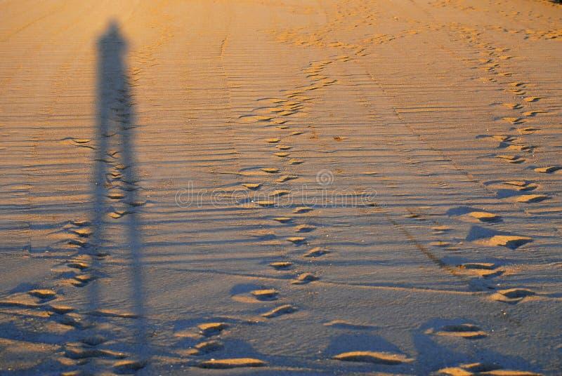 Schatten auf einem Strand