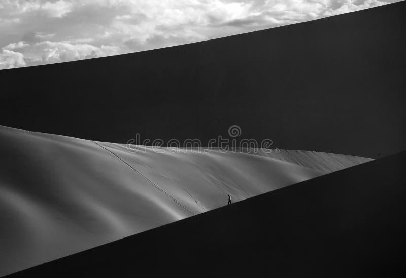 Schattenbild der Wüste stockbild