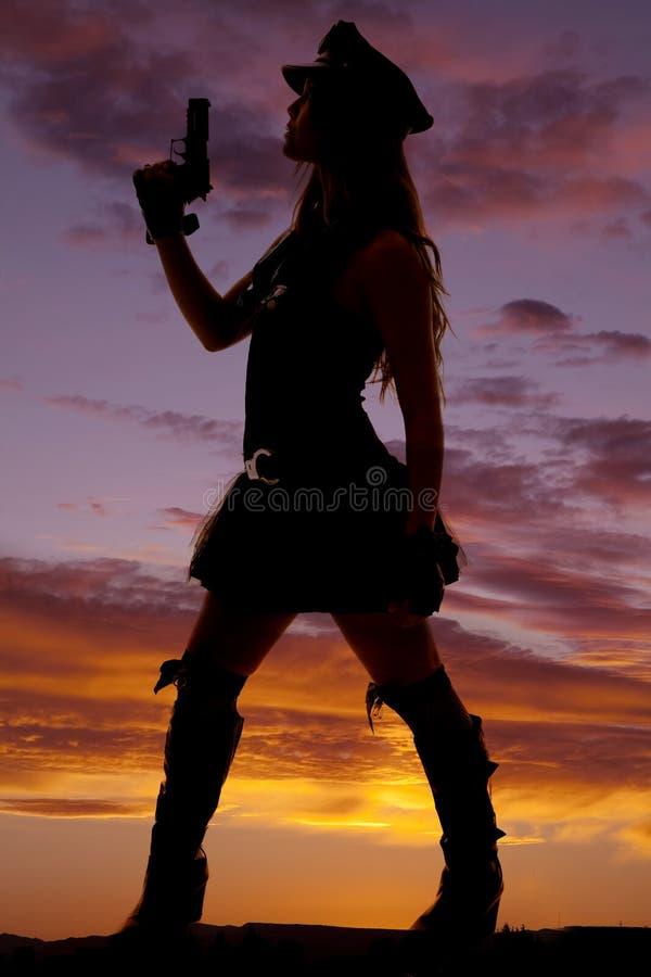Schattenbild eines Frauenspindelgewehrs oben lizenzfreie stockfotografie