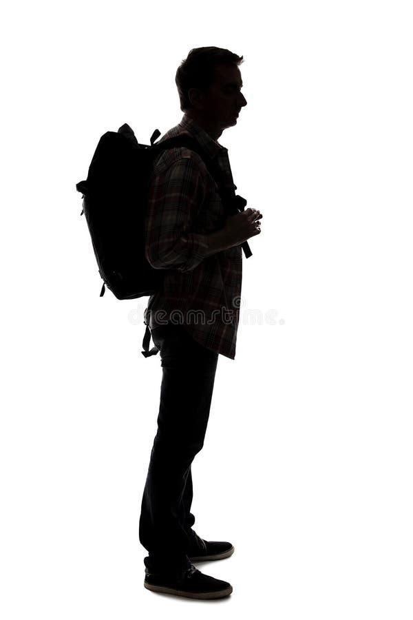 Schattenbild eines m?nnlichen Wanderers oder des Reisef?hrers lizenzfreie stockfotos