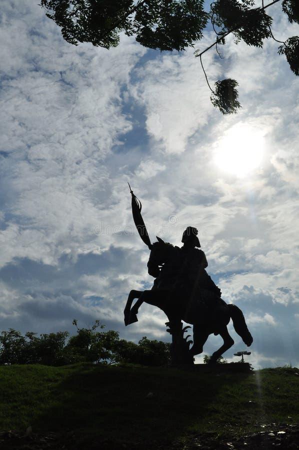 Schattenbild eines Reiters lizenzfreie stockbilder