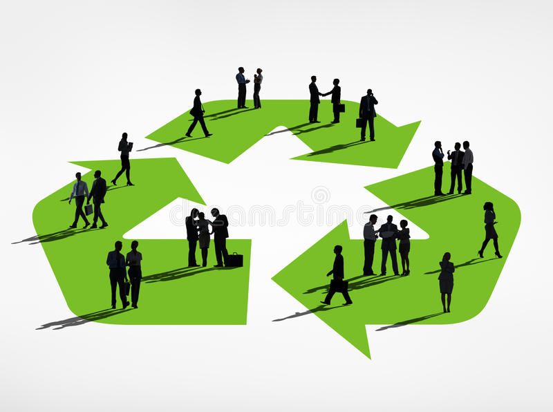 Schattenbild-Gruppe Geschäftsleute mit Recycling-Symbol vektor abbildung