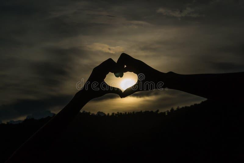 Schattenbild-Herz lizenzfreies stockfoto
