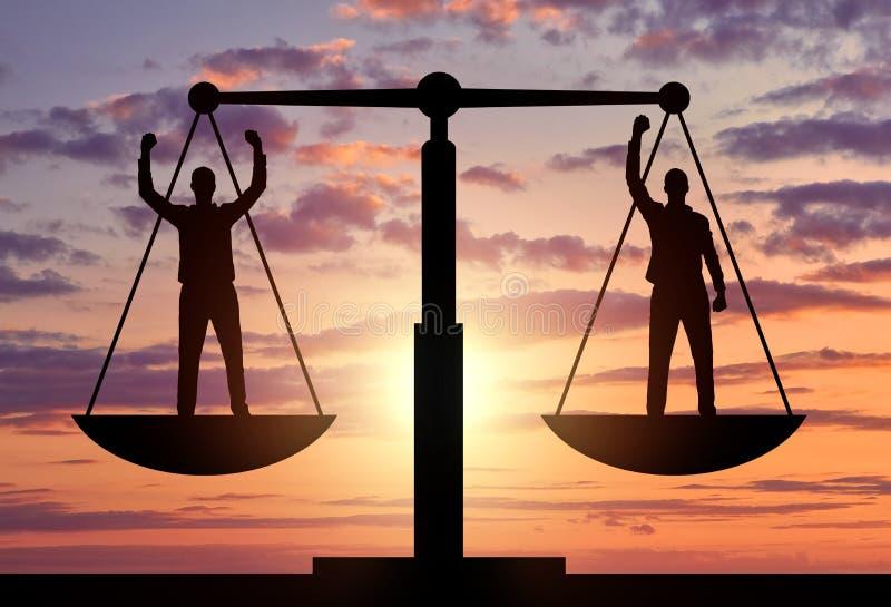Schattenbild von zwei Männern sind der Stellung auf den Skalen von Gerechtigkeit gleich stock abbildung