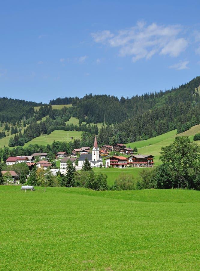 Schattwald, Tirol, Österreich stockfotos