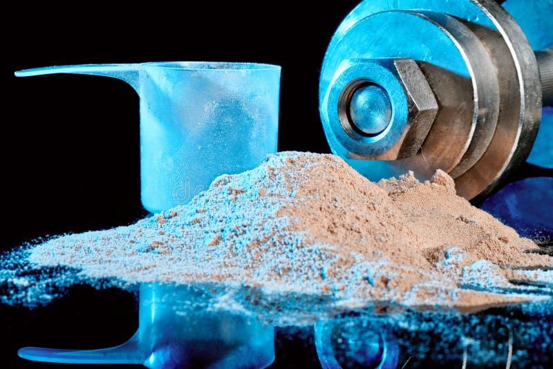 Schaufel- und Proteinmischung an stockfotos