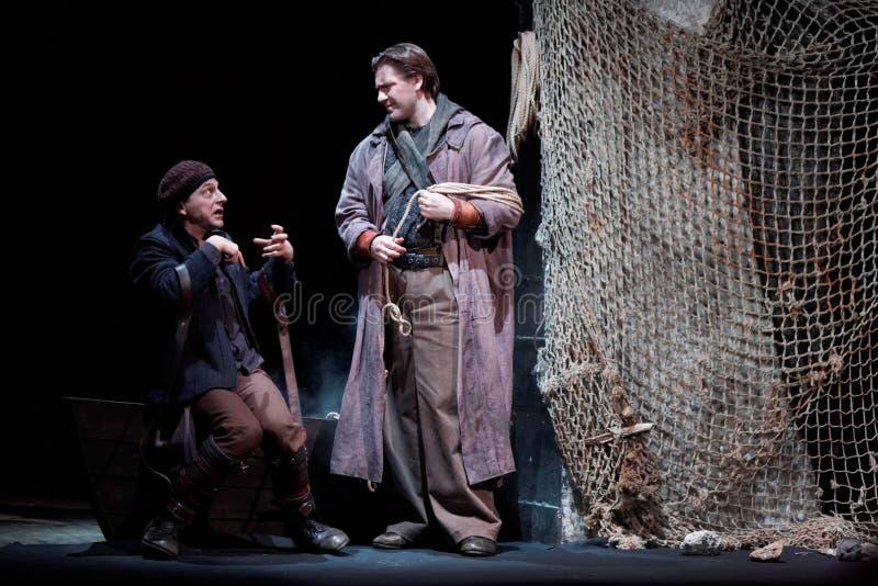 Schauspieler D.Vysotsky und M.Lukin auf Stufe von Taganka Theater lizenzfreies stockfoto