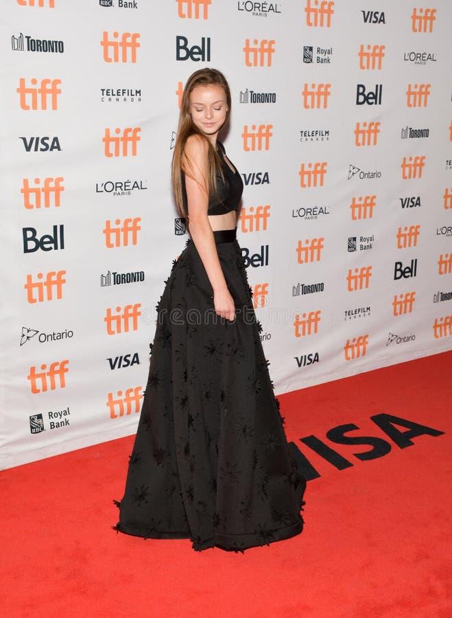 Schauspielerin Courtney Shannon-Caines an der Premiere von ` Mutter ` an Prinzessin von Wales in Toronto lizenzfreies stockfoto