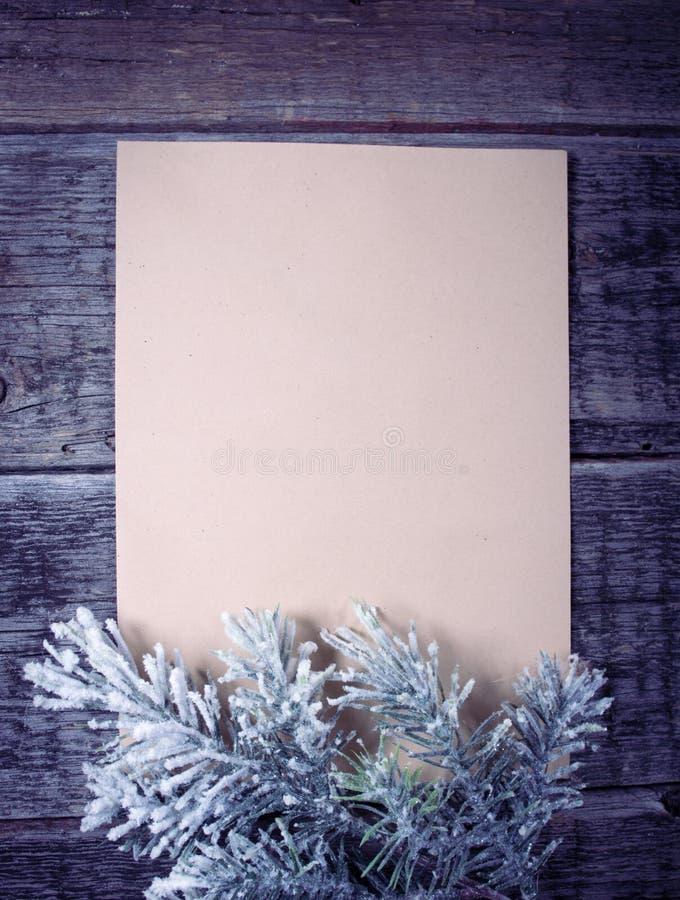 Scheda con l'albero di Natale fotografie stock libere da diritti