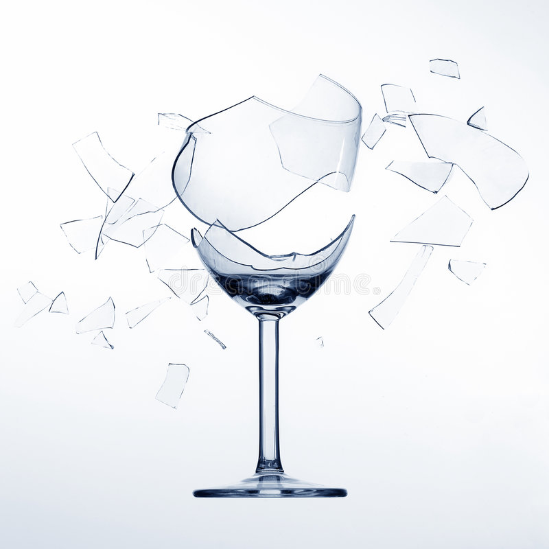 Scheggiare il vetro di vino fotografie stock libere da diritti