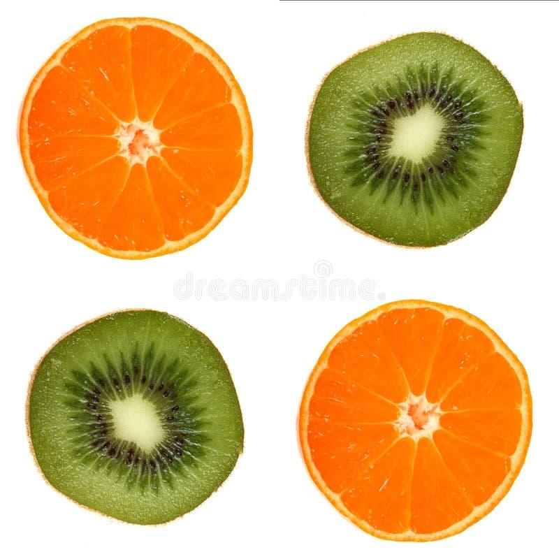 Scheibe mit vier Früchten lizenzfreie stockfotos