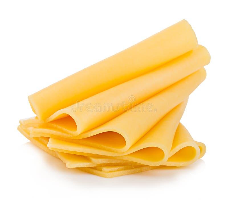 Scheiben der Käsenahaufnahme lokalisiert auf einem weißen Hintergrund lizenzfreies stockfoto