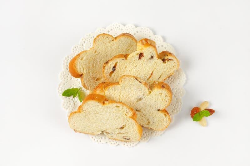 Scheiben des süßen umsponnenen Brotes lizenzfreie stockfotografie