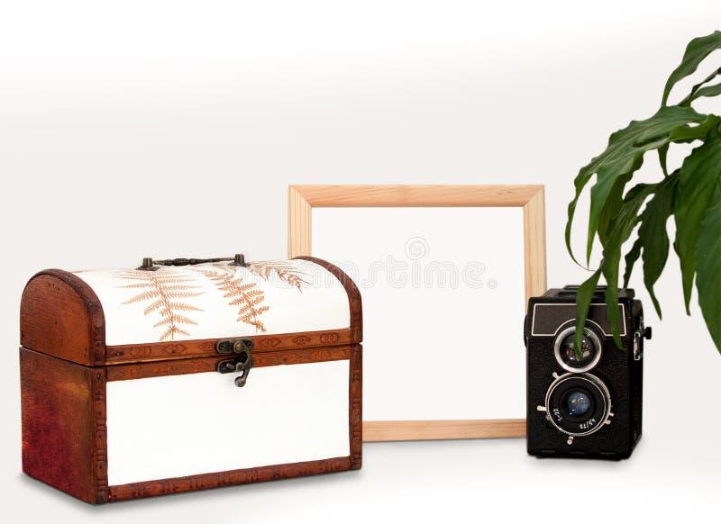 Scheinoben Holzrahmen, altes Innenquadratisches Plakathauptmodell der Kamera, der Anlage und des Kastens mit hölzernem Rahmen, K stockfoto