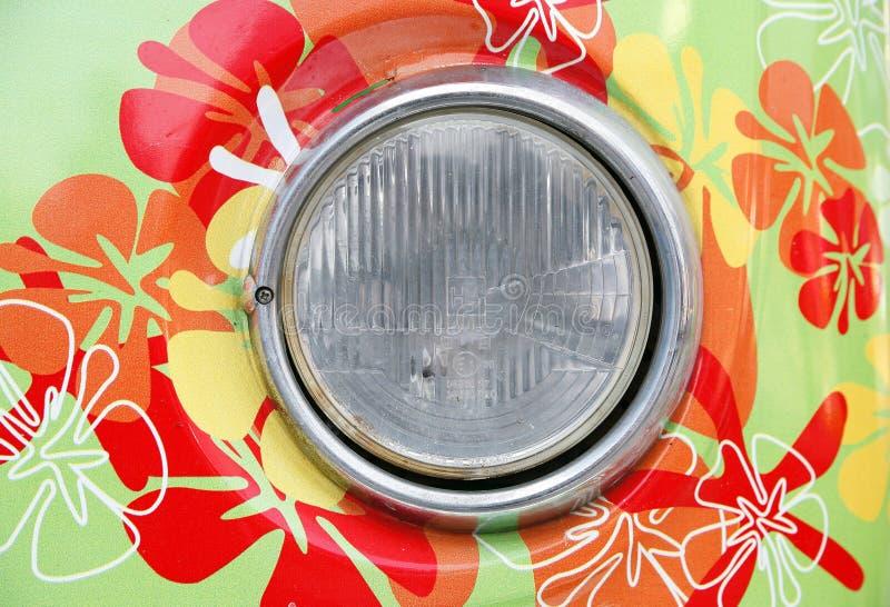 Scheinwerfer des Hippieautos lizenzfreies stockbild