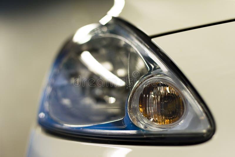 Scheinwerfer eines Autos stockbild