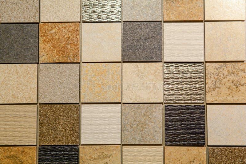 Schema del materiale con piastrelle e pietre naturali per pavimenti e pareti da bagno e da cucina, progettazione per il restauro  fotografia stock libera da diritti
