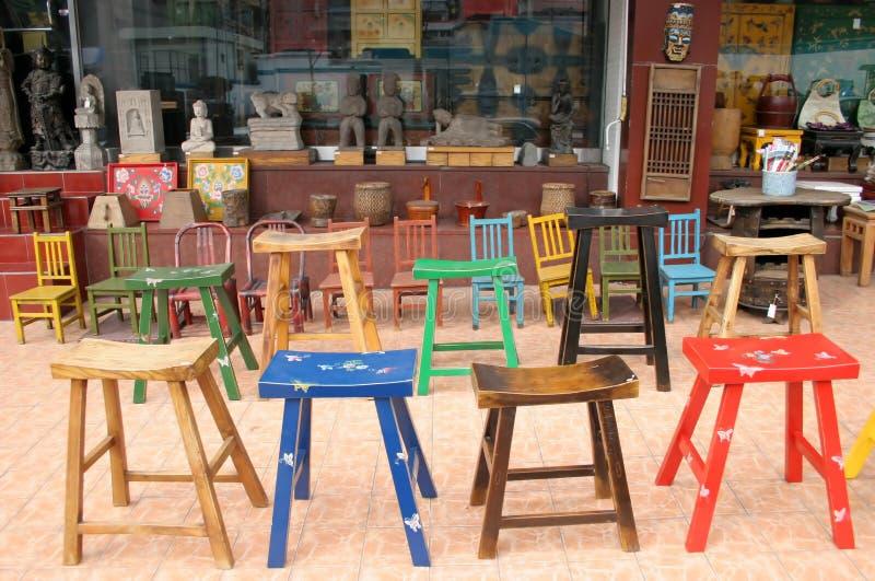 Schemel und Stühle lizenzfreie stockbilder