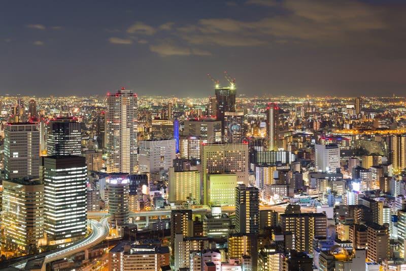 Schemering, de stads centraal van Bedrijfs Osaka district royalty-vrije stock afbeelding