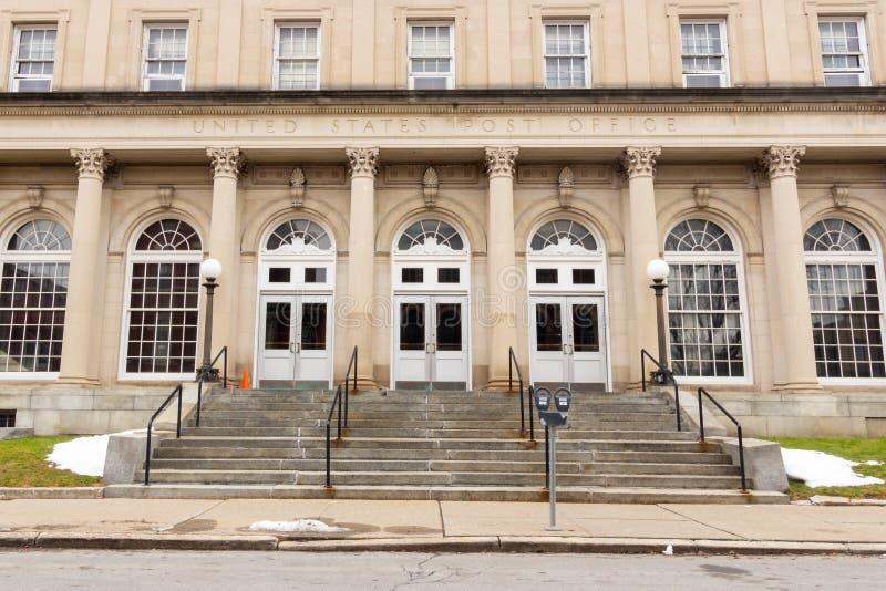 Schenectady, NY / Estados Unidos - Dez 29, 2019: Imagem do Correio dos Estados Unidos na Rua 29 Jay, em Schenectady fotografia de stock