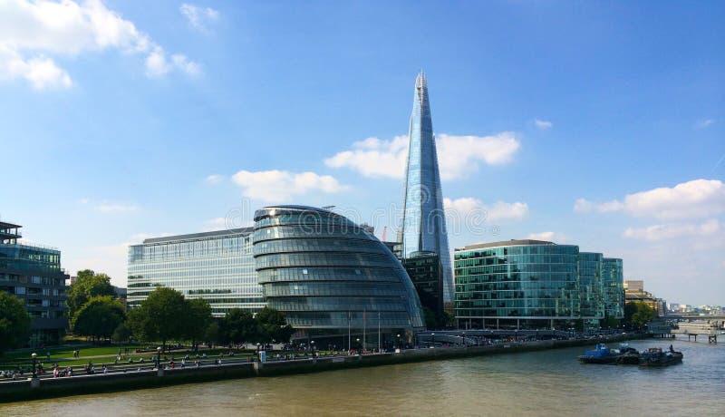 Rathaus und Scherbe London stockfoto
