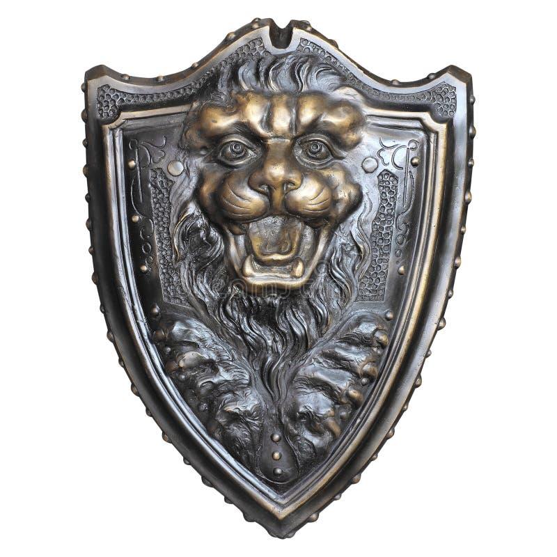 Schermo con la testa del leone isolata su fondo bianco fotografia stock
