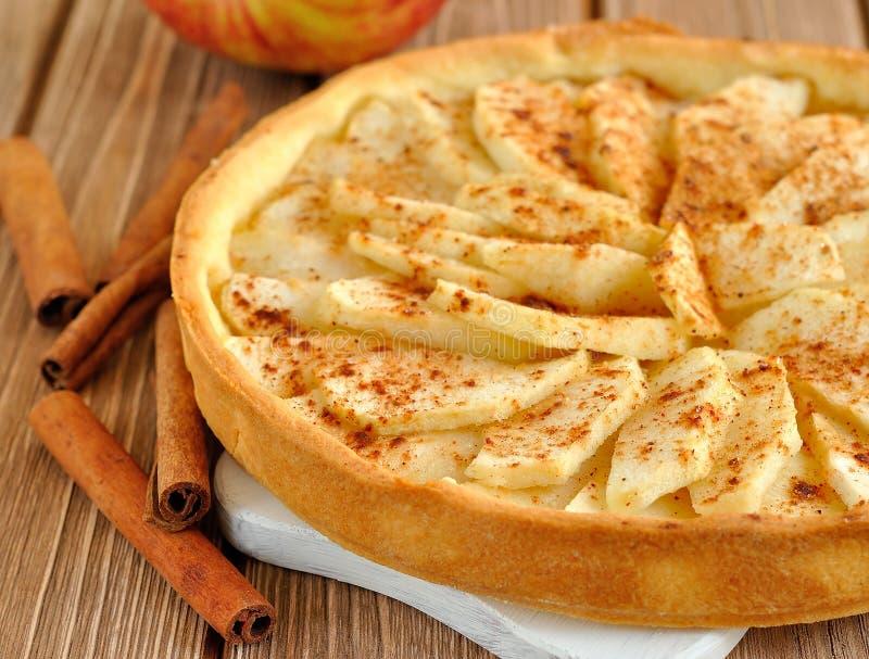 Scherp met appelen stock afbeelding