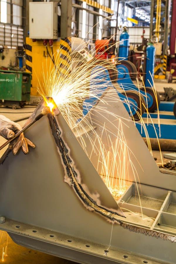 Download Scherp staal. stock afbeelding. Afbeelding bestaande uit machine - 39114475