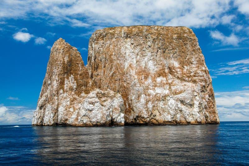Scherpe rots of eilandje geroepen Leà ³ n Dormido stock foto