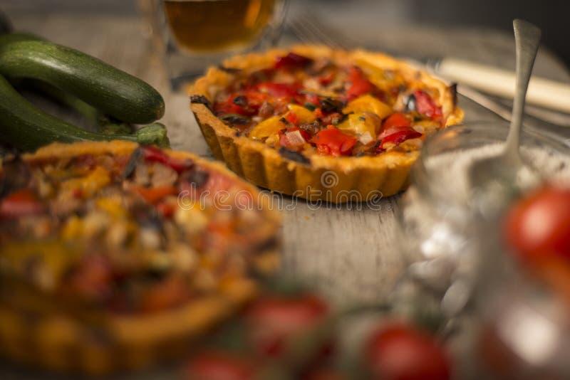 Scherpe tomaat en peper royalty-vrije stock fotografie