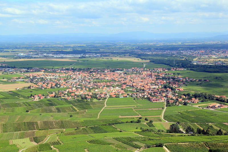Scherwiller, village d'Alsace et son vignoble photos libres de droits