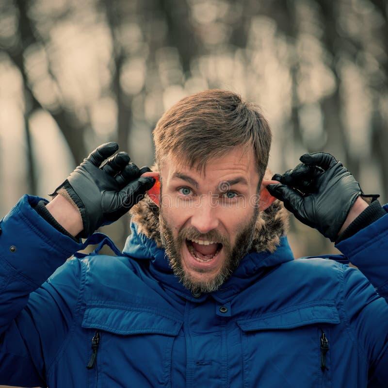 Scherzare barbuto dell'uomo d'affari Uomo barbuto fotografie stock libere da diritti