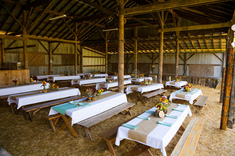 Scheunen-Hochzeitsempfang-Detail stockfotografie
