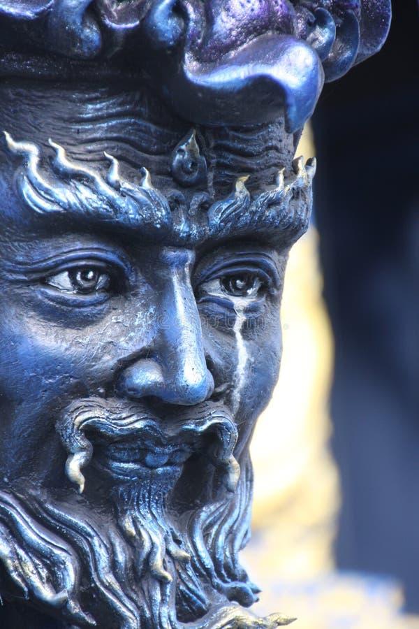 Scheuren van het standbeeld royalty-vrije stock afbeeldingen