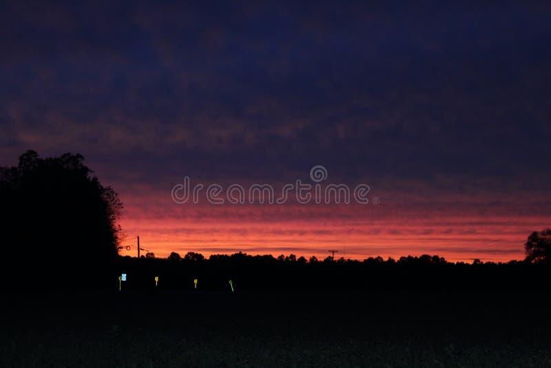 Schicht gemalte Sonnenuntergang-Farben stockbild