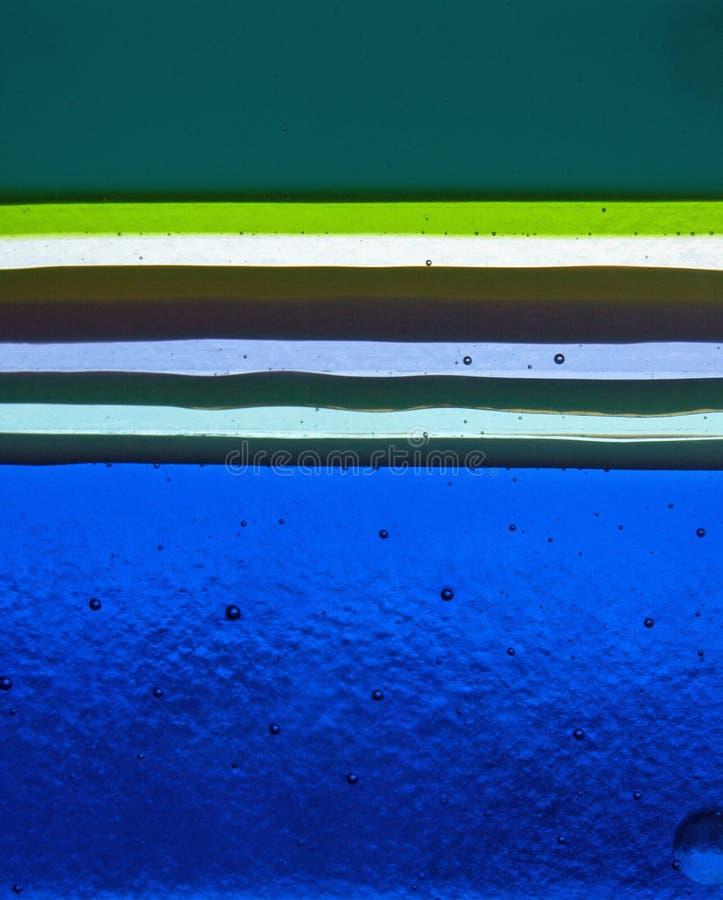 Schichten handgemachtes Glas in den verschiedenen Farben lizenzfreie stockbilder