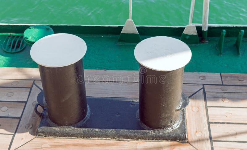 Schiffspoller eines Bootes lizenzfreie stockbilder