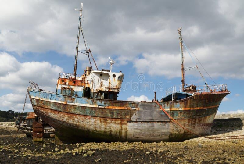 Schiffswrack (Bretagne, Frankreich) stockfotografie