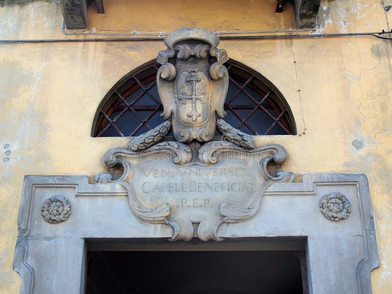 Schild bij de Oude Bouw, Pisa, Italië royalty-vrije stock afbeeldingen