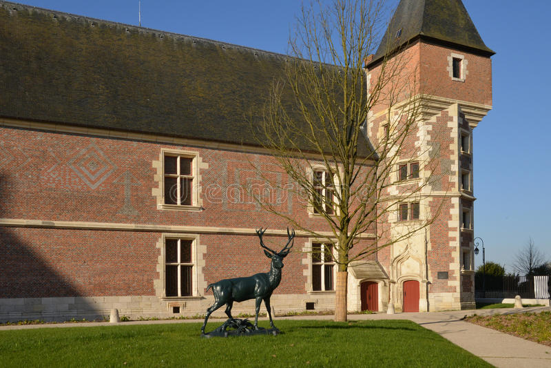 Schilderachtige stad van Gien in Loiret stock foto's
