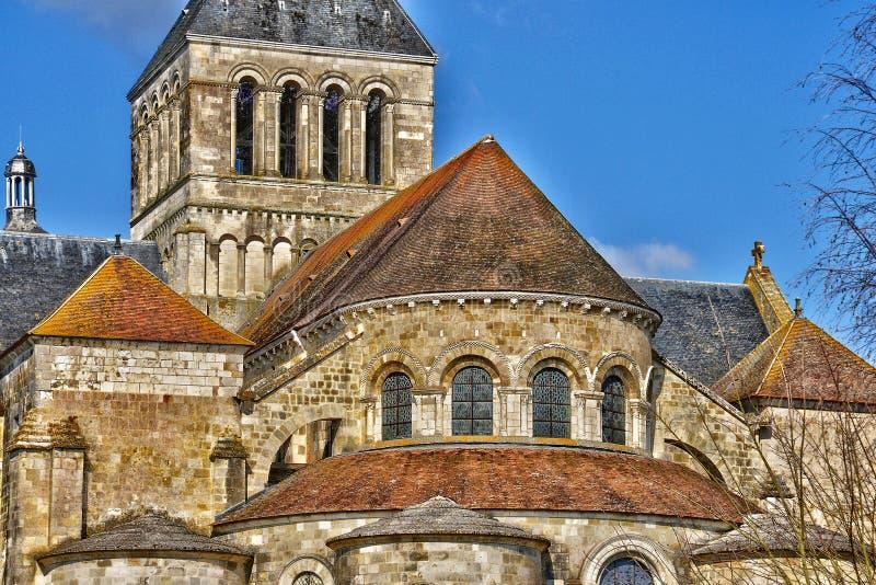 Schilderachtige stad van Heilige Benoit sur de Loire in Val de Loire royalty-vrije stock afbeelding