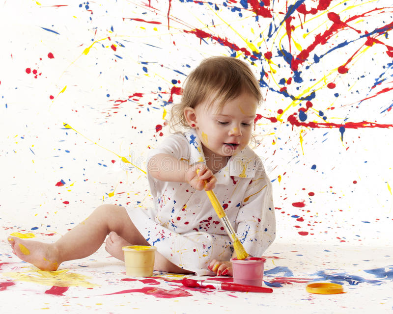 Schilderende Baby stock afbeelding