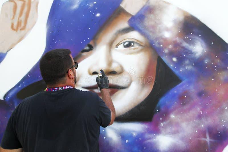 Schildersgraffiti tijdens Straat Art Festival Thess royalty-vrije stock afbeeldingen