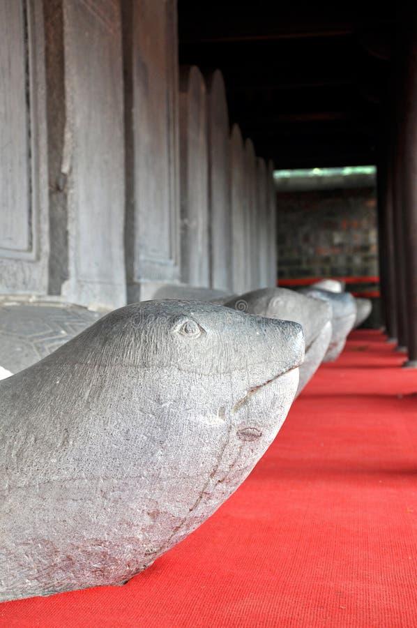 Schildpadsteen stele, Tempel van Literatuur. Hanoi, Vietnam stock fotografie