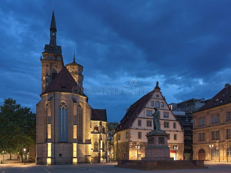 Schillerplatz kwadrat w Stuttgart w półmroku, Niemcy zdjęcia royalty free