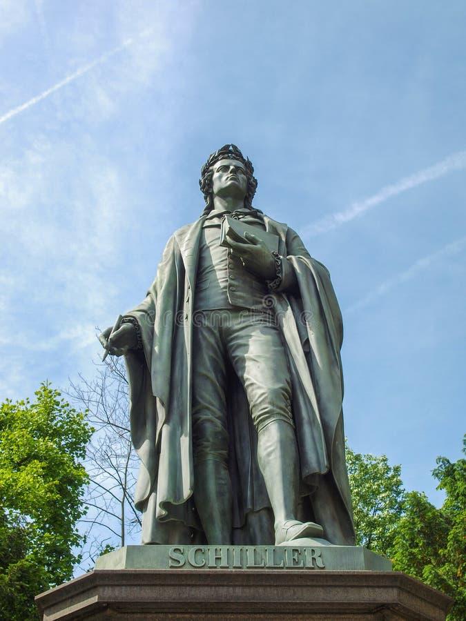 Schillerstandbeeld in Frankfurt stock foto's